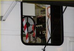 ram2000-open-path-ftir-fenceline-air-monitor-analyzer-applications-applications-mobile-truck-installation-2